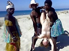 Naked girls, hidden camera on the beach