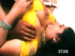 Telugu aunty boob shoew