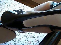 Milf feets in sexy highheels