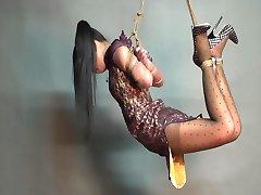 Yaner extreme hogtie-hang challenge