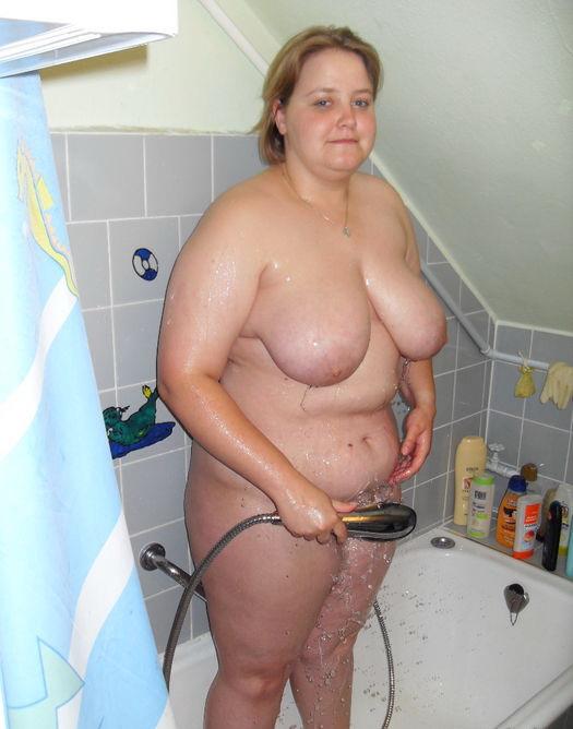 Nude amateur midget