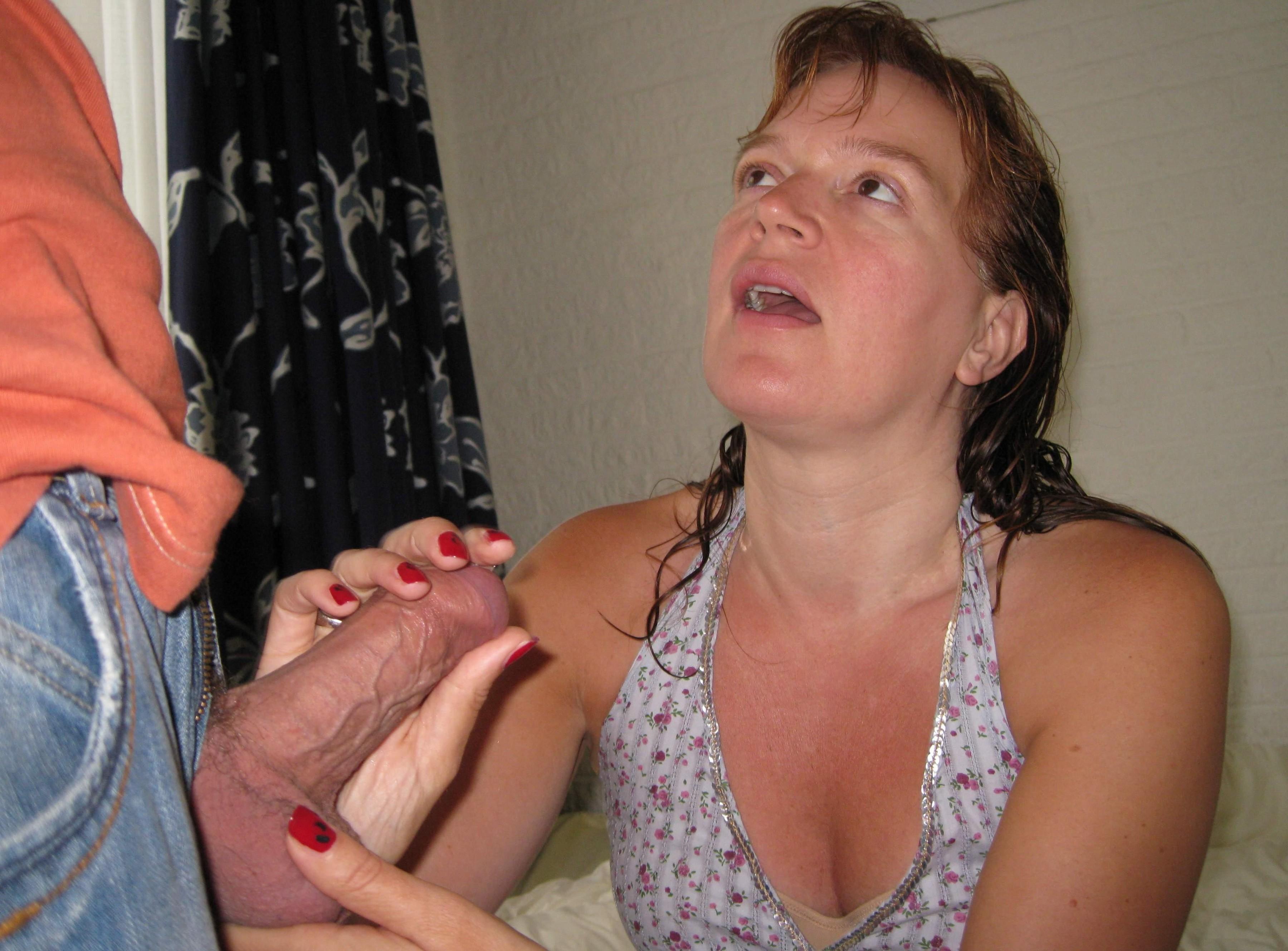 Hot women dildo nude