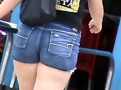 Candid Chubby and BBW girls 6