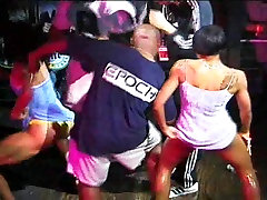 Black & White & Wet Dance Battle