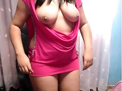 Sexy indian desi shows boobs on webcam