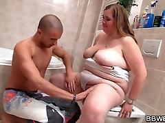 Fat girl skinny guy in the bathroom