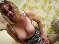 Horny English mature housewife with big ass and tits