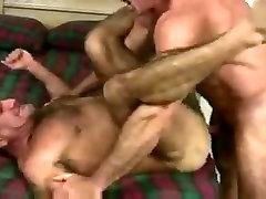 Muscle men fucking