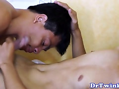 Asian twinks ass inspected with raw cock