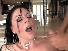 Great facial for brunette mature milf in stockings