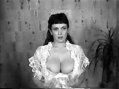 CBT big tits classic retro vintage 50&039;s black&white nodol2
