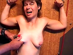 Amateur Slave in great Pain