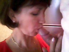 Mature russian woman loud fucks with her husband