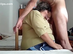 Nice blow job from BBW granny