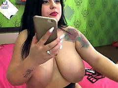Thick girl with nie big boobs