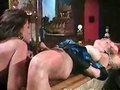 Retro lesbians fingering and licking