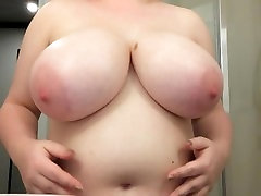 Oiling and playing with my big G tits