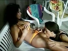 Sexy Indian College Girls doing Sex in Group - www.rekhamalik.co.in