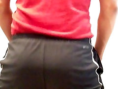 bubble butt dancing NO
