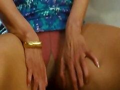 Pantyhose Leg Spread