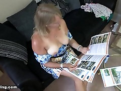 Melissa blonde mature lady is too hot so she shows her boobs to cool down!