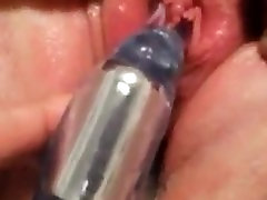 20 year old first time using dildo