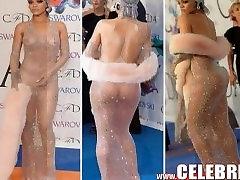 Nude Black Celeb Rihanna Exposing Pierced Nipples & Shaven Cunt