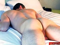No! im str8 guy dont massage my ass!