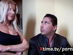 Lara De Santis la troia più amata dagli italiani. Guardala su xtime.tv