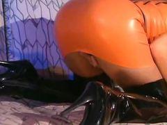 Julia Taylor Latex Sex Scene