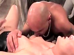 Shemale fucks guy in basement