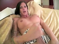Jerk off Instructions with lovely shemale