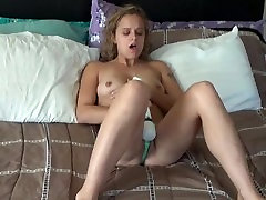 Teen rubs her pussy then gets her cunt and face used. Yumy cum shot too
