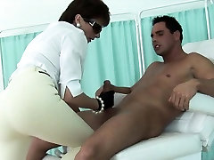 Cheating uk mature lady sonia pops out her huge boobies