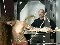 Nickole is a sexy long haired actress who prefers joni sune scenes