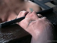Bald nasty slut Adupree had disgusting catches by mommy session with her man
