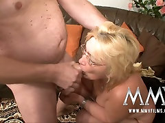 Ugly nerdy fat mature bitch provides strong long cock with a stout blowjob