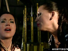 Ardent brunette chic moans with pain while getting her cunt slammed with a lash