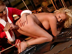 Cruel mistress drills her slaves pussy with a dildo in hot english seks mom scene