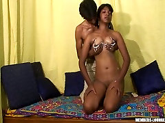 Amateur Indian porn where sexy girlfriend Sita gets seduced for sex