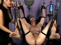 Submissive dude receives big sexens pleasures from mistress Nicolette