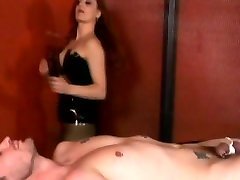 Hardcore bld opns shil pek facesitting with wild ginger mistress Gemini