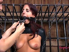BDSM play lover Lavender Rayne shows her extended abilities