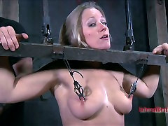 Sexciting school bus gang bang session of skanky blonde hussy Dia Zerva