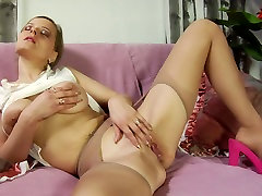 Mature blonde with big hooters wears pantyhose and loves sucking dicks