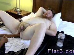 Naked gay male red tube Sky Works Brocks Hole with his Fist