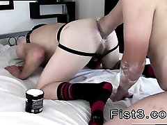 Hd gay sex movieture boy A Proper Stretching Fist Fuck!