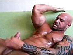 Str8 Guy Masturbating Solo Gay Guy XXX Cum Shot