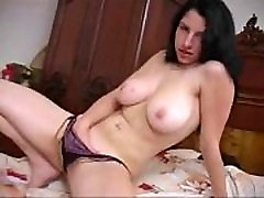 barecamgirl.com sexy USA lady tasty boobs and squirt pussy webcam