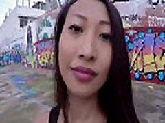 Ázsiai amatőr anál baszik